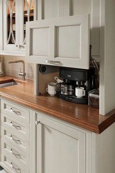Don't feel limited by a small kitchen space. These 50 designs for kitchen island to inspire you to make the most of your own tiny kitchen. Maximize your kitchen storage and efficiency with these kitchen design ideas and kitchen cabinet design hacks. Custom Kitchen Cabinets, Kitchen Redo, Kitchen Counters, Kitchen Appliances, White Appliances, Kitchen Tv, Coffee Corner Kitchen, Kitchen Modern, Colonial Kitchen