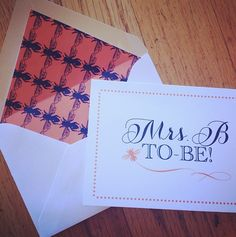 Obsessed with these custom notecards with bee patterned liner!! I By Nico and Lala