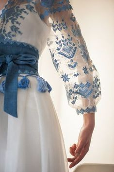 Stylish dress with embroidered geometric ornament women maxi dress with embroidery – Artofit Hijab Fashion, Boho Fashion, Fashion Dresses, Womens Fashion, Ethno Style, Organza, Fashion Details, Fashion Design, Embroidered Clothes