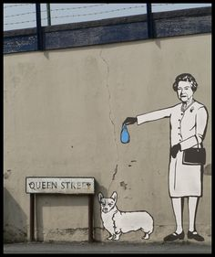 even queens have to deal with dogshit. Best Street Art, Stencil, Sgraffito, Outdoor Art, Street Art Graffiti, Urban Landscape, Banksy, Types Of Art, Public Art