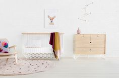 Baby Cribs Modern Toddler Bed Ideas For 2019 Best Baby Cribs, Best Crib, Modern Crib, Modern Rugs, Baby Bassinet, Bassinet Ideas, Baby Cots, Wooden Drawers, Convertible Crib