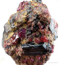 Painite and Ruby Opal Mineral, Geode Rocks, Mogok, Diamond Quartz, Rare Gems, Raw Gemstones, Smokey Quartz, I Love Jewelry, Rocks And Minerals