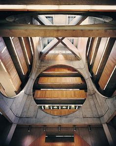 Exeter Library, Louis Kahn / http://www.archdaily.com/63683/ad-classics-exeter-library-class-of-1945-library-louis-kahn/
