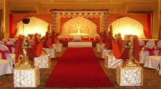 Prasang Decorators and Event Planners offer many types of services: mandap decoration, weddings stage decoration and others for weding events in many location Boston, Chelmsford etc