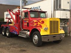 1981 Freightliner 120 - Tow Truck in milford Heavy Equipment For Sale, Freightliner Trucks, Used Trucks, Heavy Truck, Tow Truck, Diesel Trucks, Classic Trucks, Trucks For Sale, Tractors