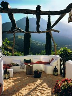 Outdoor lounge with a beautiful view overlooking beautiful mountains