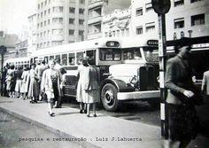 https://flic.kr/p/vAeynZ | Uma bela foto de 1955 da Avenida São João, em frente ao Art- Palácio, no Largo do Paissandu, com um ônibus da CMTC Aclo-Grassi.