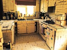 Couple Returns Home From Honeymoon to Find Home Covered in Post-It Notes | Odd News - Yahoo News