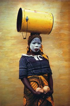 Africa |  Coconut Woman, Mozambique, from his African Journey 1970 collection of photos |  © Pete Turner