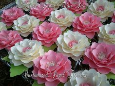 Papel flores bodas fiesta favores por morepaperthanshoes en Etsy