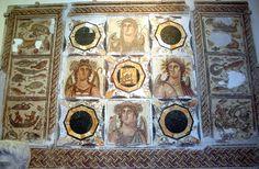 Ancient Greek & Roman Mosaic: The Four Seasons Ancient Romans, Ancient Greek, Villa Romaine, Pompeii And Herculaneum, Roman History, The Secret History, Chef D Oeuvre, Classical Art, Italian Art