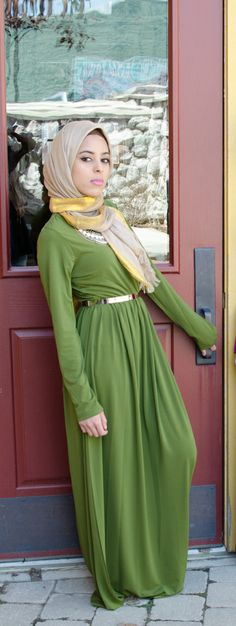 Olive long sleeve maxi dress. How beautiful!!! MashAllah! :) I love this. I'm really into this color!