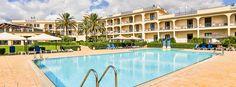 http://www.hotelselinunte.it/wp-content/uploads/2015/05/piscina-2-1136x420.jpg