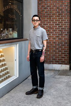 GLASSES | #EFFECTOR TOP| #KAPTAINSUNSHINE PANTS| #LUIDE BELT| #CUSTOM SHOES| #WITESBOOTS Jeon Hyunggu, Street Fashion 2017 in Seoul