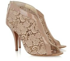 Lace Shoes OMG I adore these!