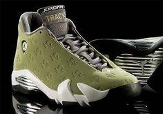 Oregon Track And Field Gets An Air Jordan 14 PE - SneakerNews.com
