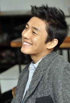 Yoo Ah In ..... actor, model