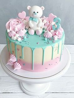 pink and green teddy cake - # baby cake - baby kuchen - Baby Shower Ideas Cute Birthday Cakes, Beautiful Birthday Cakes, Beautiful Cupcakes, Baby Girl Birthday Cake, Bear Birthday, Gateau Baby Shower, Baby Shower Cupcakes, Baby Shower Drip Cake, Baby Girl Cakes