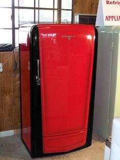 Paint Refrigerator, Painted Fridge, Vintage Fridge, Vintage Refrigerator, Diy Smoker, Beer Fridge, Frigidaire, Vintage Appliances, Man Cave Garage