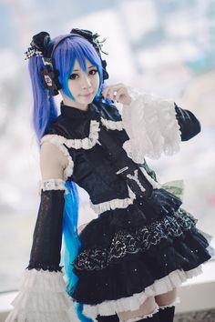 Akashi Rain(雨) 하츠네 미쿠 Cosplay Photo - Cure WorldCosplay vocaloid miku cosplayer