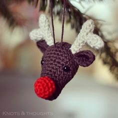 Rudolph the red nosed reindeer Christmas ornament. Free amigurumi pattern.