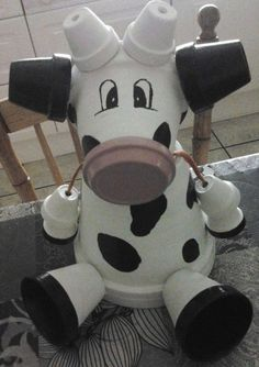 Terra Cotta Pot Cow...these are adorable Garden & Yard Ideas!