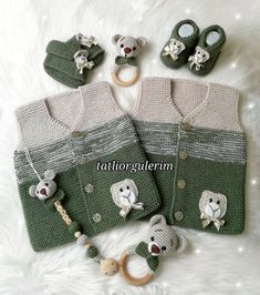 Lot Order 57 Baby Vest Cardigan Booties Knitting Models-- 57 Knit Baby Vest Cardigan Booties Models You Will Admire Baby Knitting Patterns, Baby Booties Knitting Pattern, Knit Vest Pattern, Knitting Designs, Alter Pullover Diy, Old Sweater Diy, Knit Baby Dress, Baby Cardigan, Groomsmen