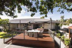 Glengariff Drive alfresco by Exactus Homes, Perth