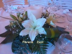 #whitecenterpiece  #florerizazil  #cancunevents  #cancunfloraldesign #Cancunweddingflowers