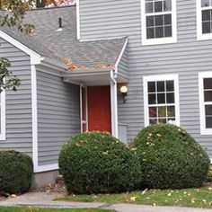 199 Oakland street E, Manchester, CT 06042, $139,000, 2 beds, 1.5 baths, 1020 sq ft For more information, contact Tatyana Makarov, Coldwell Banker Res Brokerage, 860-648-9270Check out this amazing 2BD condo! #remodeledcondo #condoforsale #Manchestercondosforsale #TatyanaCThomes #openhouse
