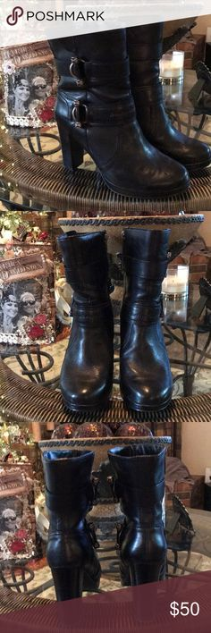 Harley Davidson Boots Black very good condition wore them a couple of times very comfortable. Harley-Davidson Shoes Heeled Boots