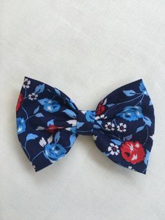 Fabric Hair Bows, Baby Hair Bows, Toddler Hair Clips, Navy Blue, Blue And White, Boutique Hair Bows, Floral Hair, Grosgrain Ribbon, Girl Hairstyles