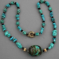 Turquoise, gold and onxy necklace