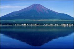 Awesome view of Mount Fuji Water Landscape Japan!!!