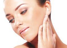 """""""Wie Ihre Haut morgen aussieht, dass entscheiden Sie heute""""  Deshalb bieten wir professionelle Gesichtsbehandlungen für ein sichtbar besseres Hautbild! Bei Gesichtsbehandlungen ist Beauty Skin & Nails darauf spezialisiert alle Hauttypen optimal durch fachlich geschulte Kosmetiker zu beraten und zu behandeln. Dabei bieten wir schon jetzt eine Fachkompetenz auf """"Meisterniveau""""."""