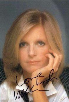Linda McCartney's autograph Linda Eastman, Paul And Linda Mccartney, Stella Mccartney, Sir Paul, The Fab Four, Wife And Girlfriend, Ringo Starr, Famous Women, John Lennon
