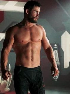 Chris Hemsworth as Thor Chris Hemsworth Thor, Chris Hemsworth Sem Camisa, Chris Hemsworth Muscles, Handsome Men Quotes, Handsome Man, Hemsworth Brothers, Man Thing Marvel, Gorgeous Men, Hot Guys