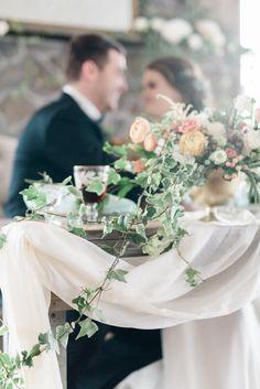 http://www.magnoliarouge.com/inspiration/soft-elegant-wedding-ideas/