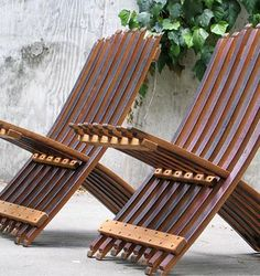 My all time favorite folding chair: Whit McLeod's Wine Barrel Stave Folding Chair!
