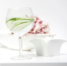 The Dinning Collection from Newbridge Silverware would look perfect in your home. Dining Set, White Wine, Alcoholic Drinks, Tableware, Glass, Dinning Set, Dinnerware, Drinkware, Dining Ware