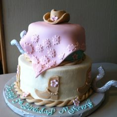 Love the rope Cowgirl Cakes, Western Cakes, Cupcake Cakes, Cupcakes, Cowgirls, How To Make Cake, Rodeo, Cowboys, Dancing
