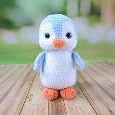 Crochet Animal Patterns, Crochet Patterns Amigurumi, Stuffed Animal Patterns, Crochet Toys, Free Crochet, Crochet Batman, Crochet Penguin, Lion Toys, Cute Plush