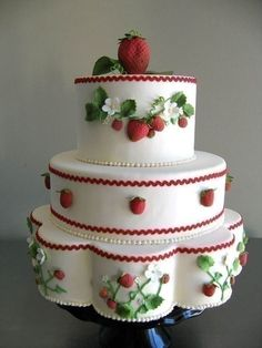 Fruitilicious: Fruit Wedding Cakes