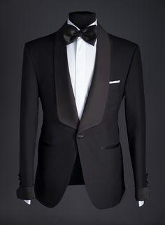 Wedding Dresses Men Indian, Wedding Dress Men, Applique Wedding Dress, Wedding Suits, Blazer Outfits Men, Stylish Mens Outfits, Groom Suit Trends, Black Suit Wedding, Tuxedo Wedding