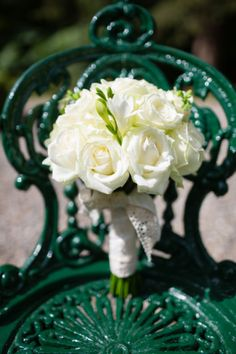 A Sweet Summer Wedding at Marlfield House by Eden Photography Us Honeymoon Ideas, Green Play, Peach Cake, Gypsophila, Cream Roses, Light Peach, How To Make Cake, Summer Wedding, Wedding Bouquets