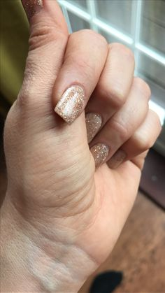 Kiara sky dipping powder acrylic nails Xmas Nails, Christmas Nails, Christmas Glitter, Nail Manicure, Nail Polish, Nail Design Video, Dipped Nails, Girls Nails, Powder Nails