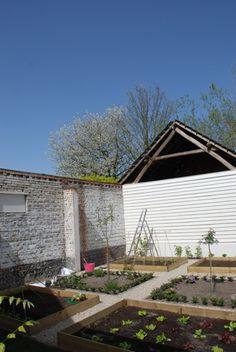 still wishing for that garden matt promised when we moved in....
