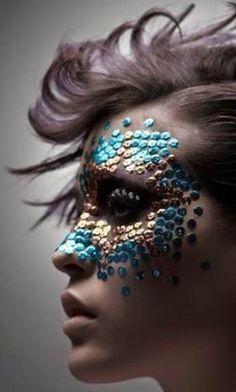The 100 Most Jaw-Dropping Halloween Makeup Ideas Maquillage Halloween, Halloween Makeup, Halloween Costumes, Fx Makeup, Beauty Makeup, Crazy Makeup, Makeup Looks, Dragon Makeup, Kreative Portraits