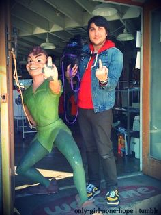 Lmfao...Frankie and Peter Pan, fuck you <3