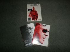 The Shield Season 5, 4 DVD Set, All DVDs Play Fine, Michael Chiklis, Good Shape